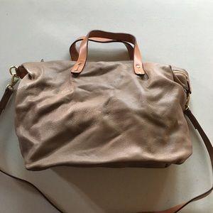 EUC Gap Brown/ Tan Leather Crossbody Purse
